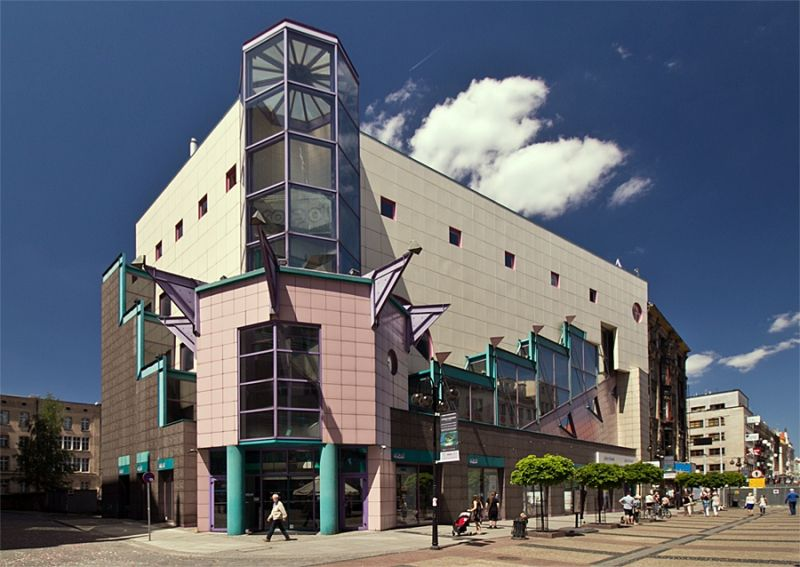 Postmodernizm w architekturze - Solpol
