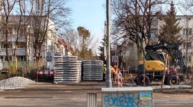 podkłady tramwajowe - remont torowiska na Biskupin