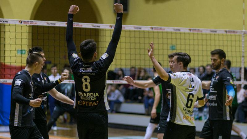 Gwardia Wrocław, na kolejkę przed końcem rundy zasadniczej, awansowała na pozycję wicelidera w swojej grupie, fot. Gwardia Wrocław.