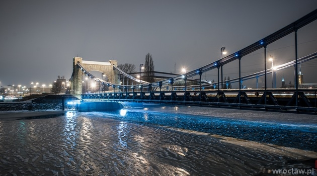 The Grunwald Bridge (Most Grunwaldzki) in winter