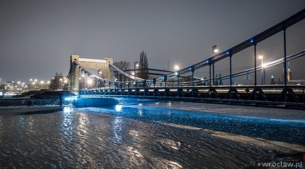 Most Grunwaldzki zimą