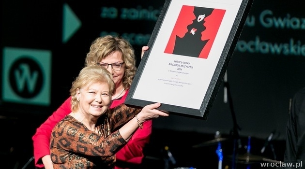 Ewa Michnik was presented with Wroclaw Music Award