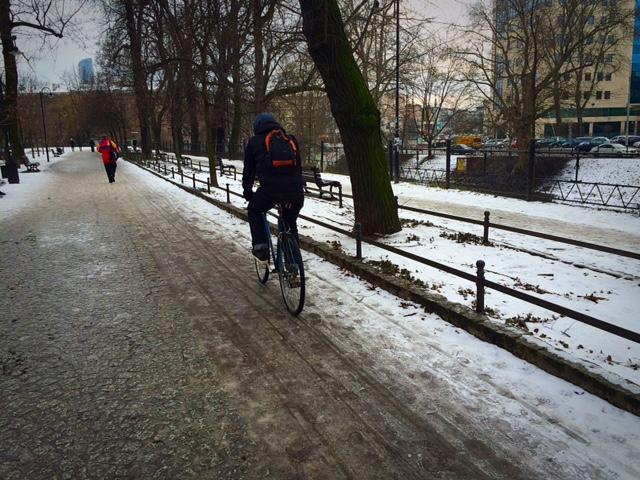 Zimowy rowerzysta