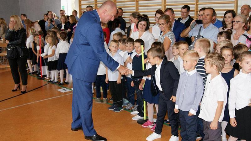 W ZSP nr 12 na Maślicach prezydent Rafał Dutkiewicz uroczyście rozpoczął nowy rok szkolny