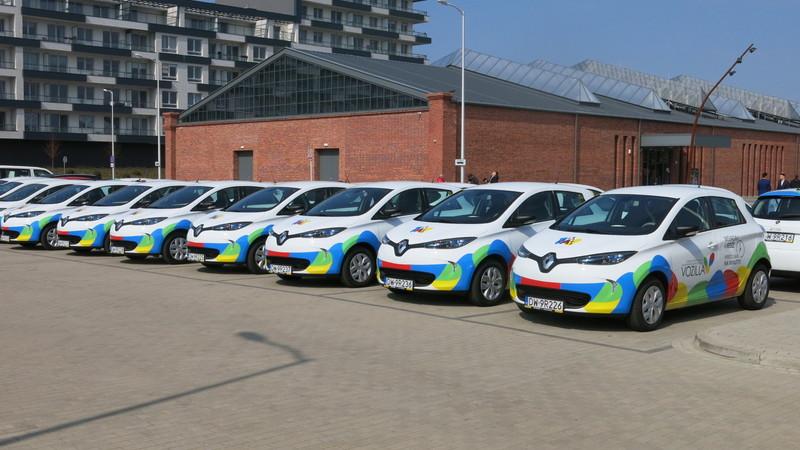 Od 2 kwietnia użytkownicy Vozilii mogą już wypożyczać nowe samochody Renault ZOE, fot. Bartosz Moch