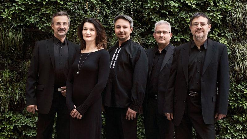 Tomasz Dobrzański (pierwszy od prawej) chce, by poprzez Forum Musicum stara muzyka stawała się bardziej zrozumiała dla współczesnego odbiorcy