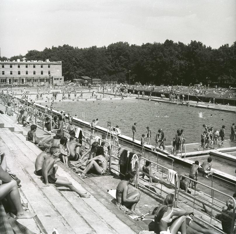 https://www.wroclaw.pl/files/pamiec-i-przyszlosc/stadion-olimpijski.jpg
