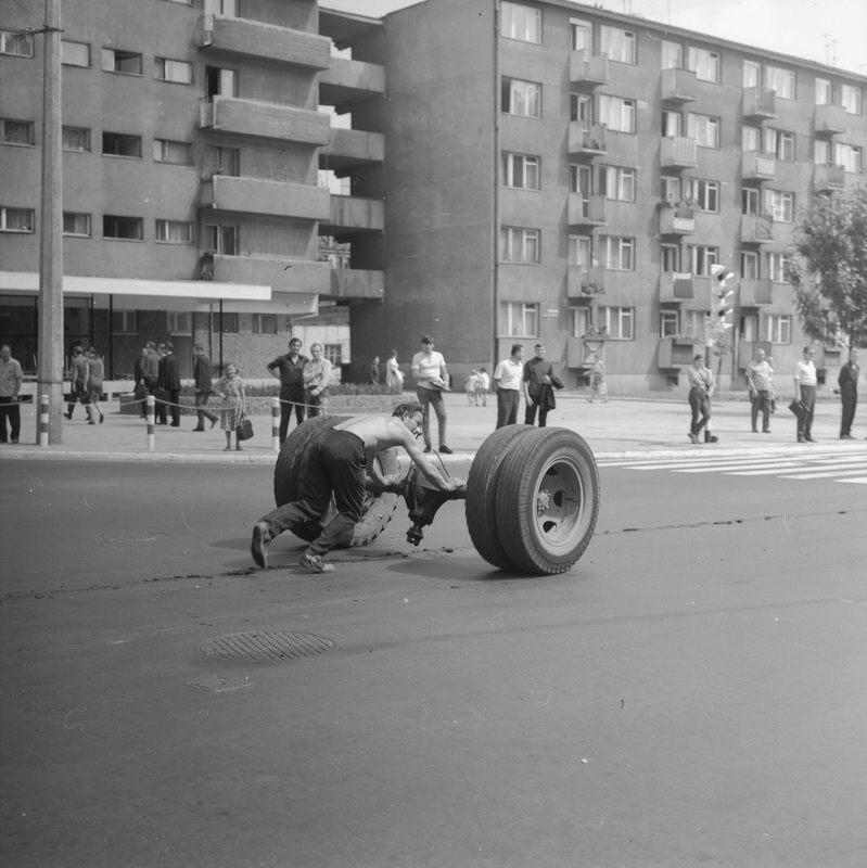 https://www.wroclaw.pl/files/pamiec-i-przyszlosc/ulica.jpg