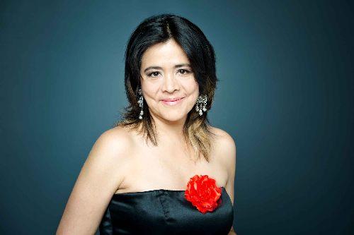 Julieta Gonzales - koncert pieśni i muzyki gitarowej z różnych stron świata