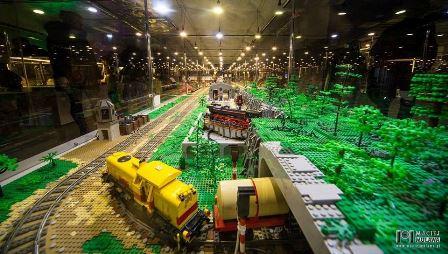 Wystawa klocków Lego na Stadionie Wrocław