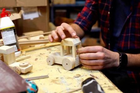Warsztaty: Drewniane zabawki
