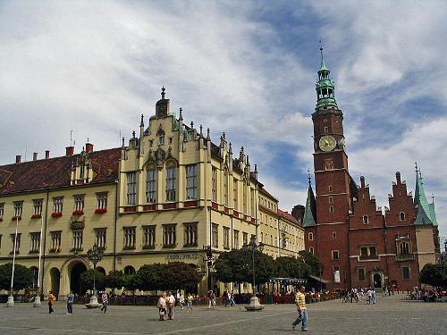 Wakacyjne spacery: Strachy i inne mroczne historie wrocławskiego Rynku