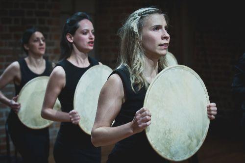 Brave Festiwal:Teatr Pieśń Kozła - Portrety Wiśniowego Sadu