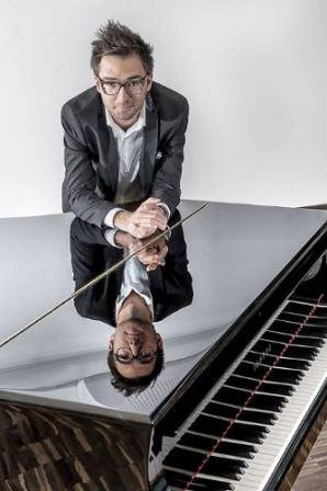 Cinematic Piano – recital Aleksandra Dębicza w Imparcie