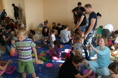 """Sensoplastyka dla najmłodszych w Centrum Kultury """"Zamek"""""""