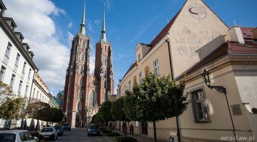 """Spacery i przygody – """"Windą ponad dach katedry wrocławskiej"""""""