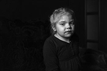 """Wystawa o dzieciach z Sanfilippo """"Pomiędzy wczoraj a jutro…"""""""