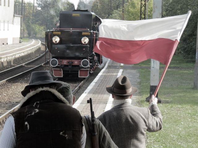 http://www.wroclaw.pl/files/weekend/pazdziernik%202013/nadodrze_pociag.jpg