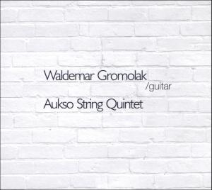 Koncert w Literatce: Waldemar Gromolak przy akompaniamencie pianisty Jerzego Adamowskiego