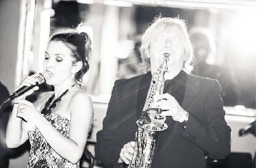 Jazzowy piątek z muzyka na żywo