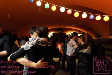 Potańcówka bal folkowa w Saloniku