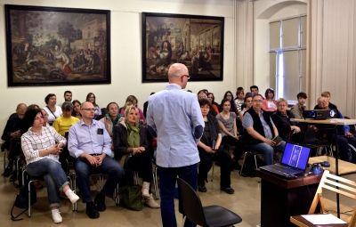 Wykłady o zabytkach Ostrowa Tumskiego w Muzeum Narodowym