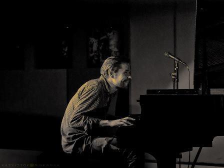 Łukasz Bzowski Trio w klubie Vertigo Jazz