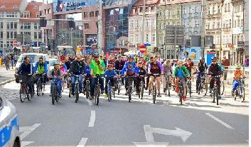 Peleton rowerowy w ramach Wrocławskich Dni Promocji Zdrowia