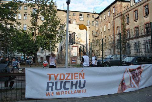Piknik sportowy na osiedlu Strachocin-Swojczyce-Wojnów