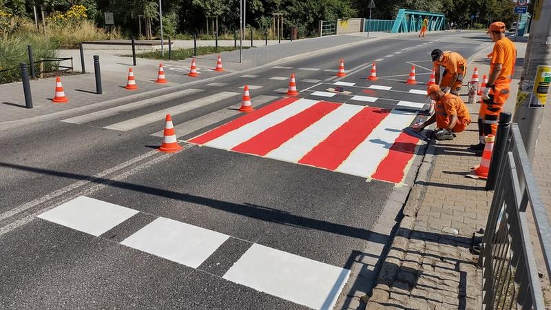 Akcja na ul. Krakowskiej, w okolicy Sp nr 96 przy ul. Na Niskich Łąkach, fot. Redakcja www.wroclaw.pl