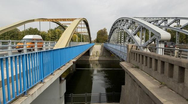 Most Jagielloński prowadzący na pl. Grunwaldzki (z lewej) zostanie zamknięty, fot. Tomasz Hołod/www.wroclaw.pl