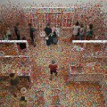 "Yayoi Kusama, ""Obliteration Room"", 2015, Galeria Sztuki Nowoczesnej w Brisbane / Creative Commons (modified)"