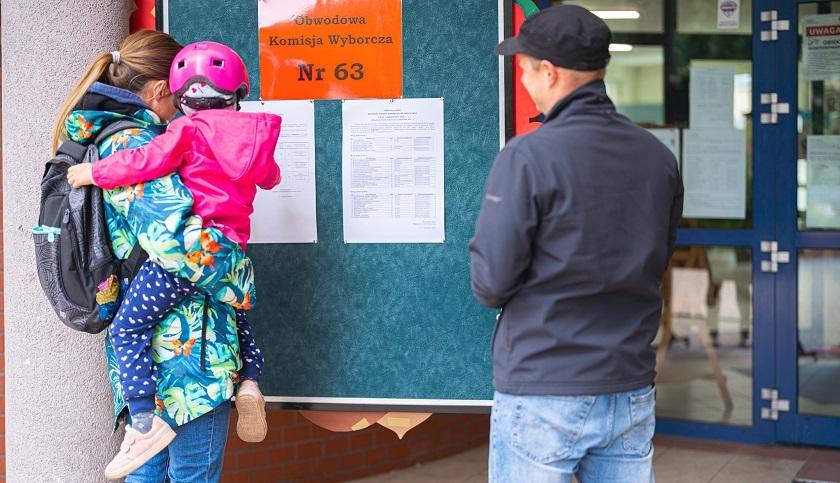Wrocławianie głosują w wyborach do rad osiedli