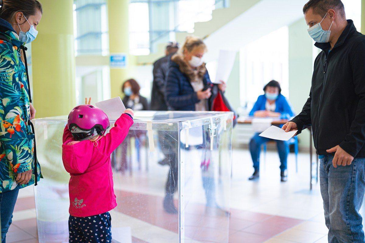 Wybory na radnych osiedlowych odbyły się 17 października. Do urn poszło ponad 6% uprawnionych do głosowania